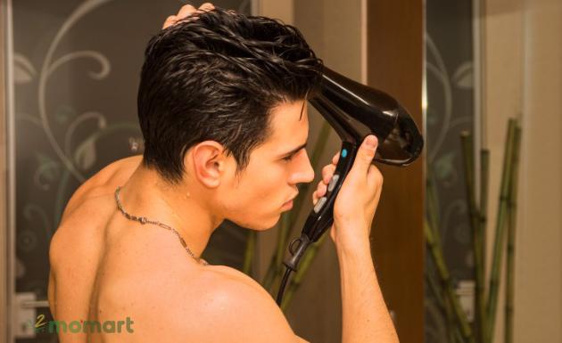 Cách sử dụng máy sấy tóc
