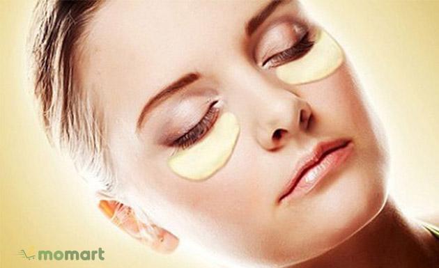 Chăm sóc da vùng mắt đúng cách giúp da mịn màng, tăng độ đàn hồi cho đôi mắt thêm rạng rõ