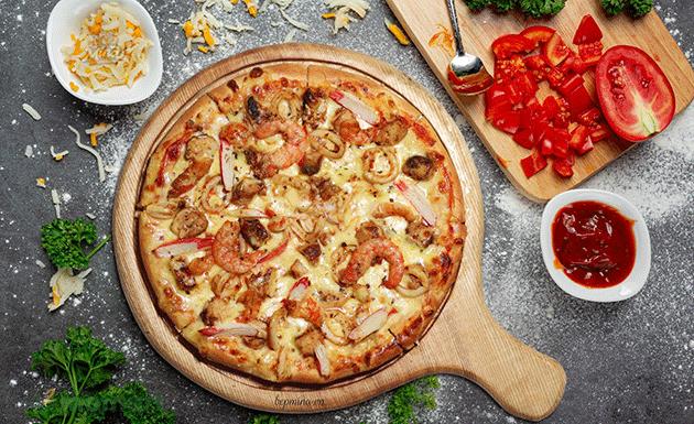 Làm bánh Pizza tại nhà