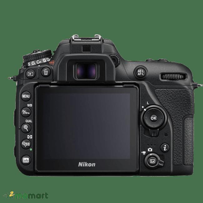Máy ảnh Nikon D7500 chụp phía sau
