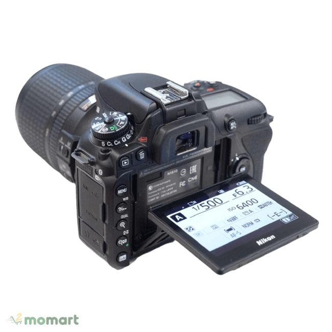Thiết kế của Máy ảnh Nikon D7500