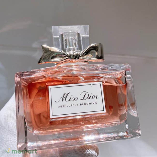 Miss Dior Absolutely Blooming hình thật