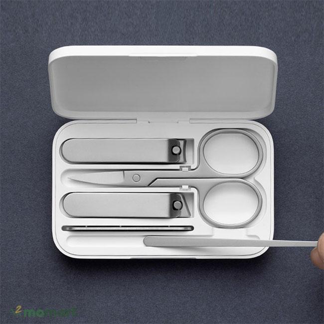 Bộ dụng cụ chăm sóc móng tay Xiaomi Mijia góc hình