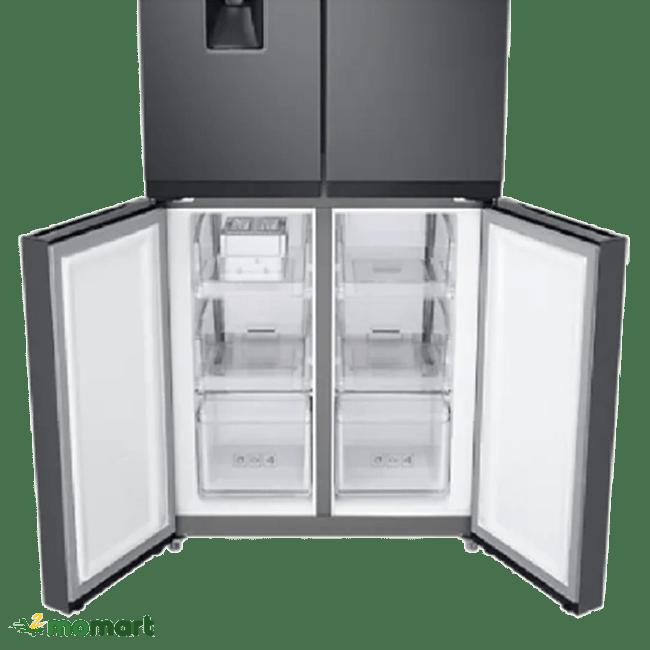 Ngăn đá của tủ lạnh Samsung RF48A4010B4