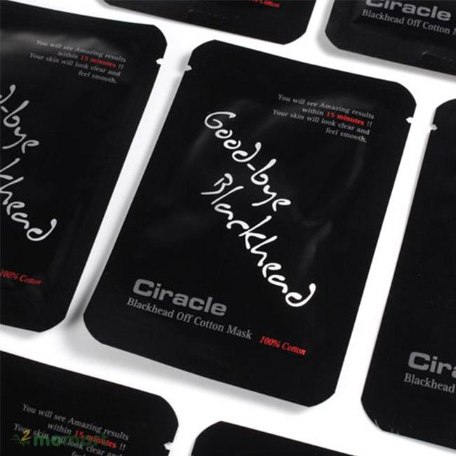 Một sản phẩm mặt nạ lột mụn Ciracle Blackhead Off Cotton Mask