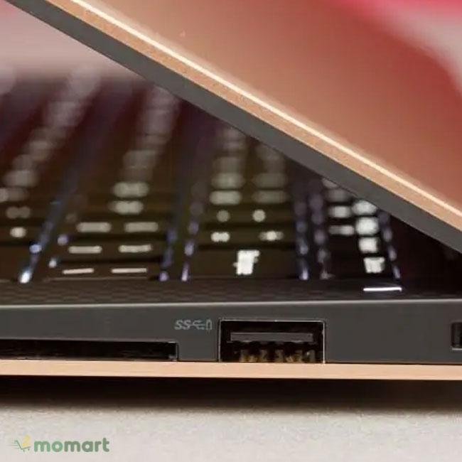 Laptop Dell XPS 13 9360 có thiết kế mỏng