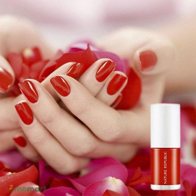 Sơn móng tay màu đỏ Nature Republic Color