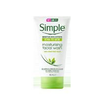 Sữa rửa mặt Simple có chiết xuất thiên nhiên cực kỳ lành tính cho da