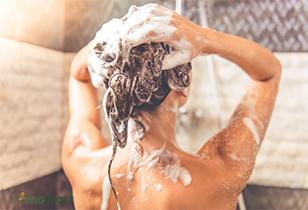 Dầu gội nước hoa không hại da đầu và chăm sóc tóc tốt