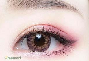 Phấn mắt dạng kem không trôi và không lem được ưa thích